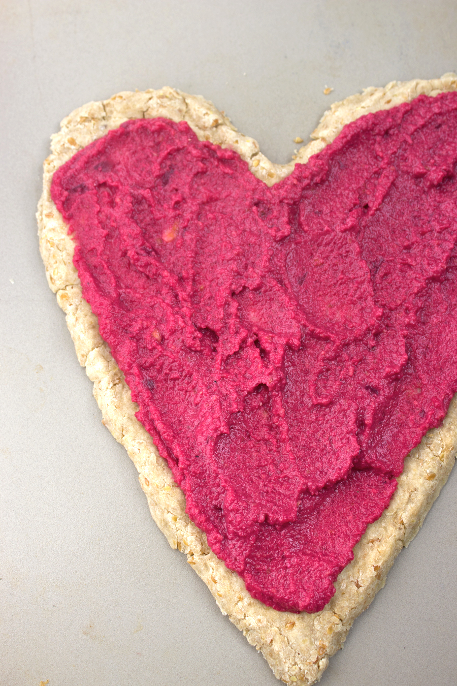 beet-pesto-heart-pizza-3c
